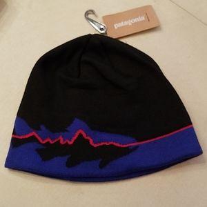 NWT Men's Patagonia knit hat